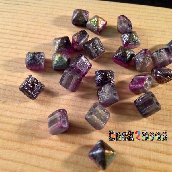 8MM Crystal Magic Purple ( 95500 ) Etch BeadStudz - 2-Hole Czech Glass Pyramids ( 24 Pieces per Strand )