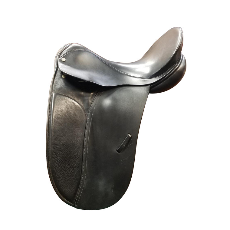 "16.5"" COUNTY COMPETITOR DRESSAGE SADDLE - D21021"