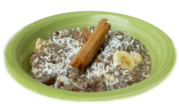 Coconut Chia Peel - a creamy meal mixed with dates, coconut, and banana.