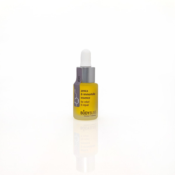 i play Arnica & Immortelle Essence