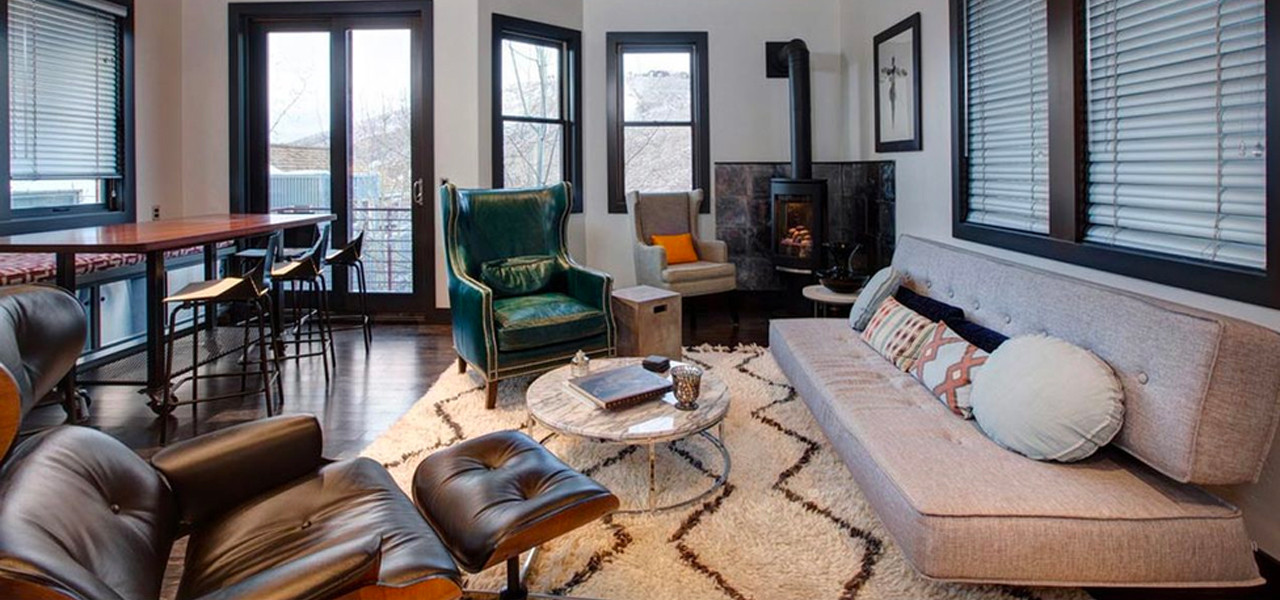Classic Lounge Chair & Ottoman  Brown