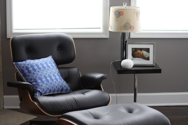 Read this before buying your Eames Lounge chair and ottoman replica