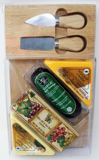 """ML7035 Mille Lacs Snack Time Gift   * Northwoods Wisconsin Cheddar Cheese Wedge  