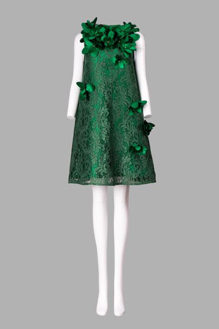 Cocktail dress with 3D floral embellishment