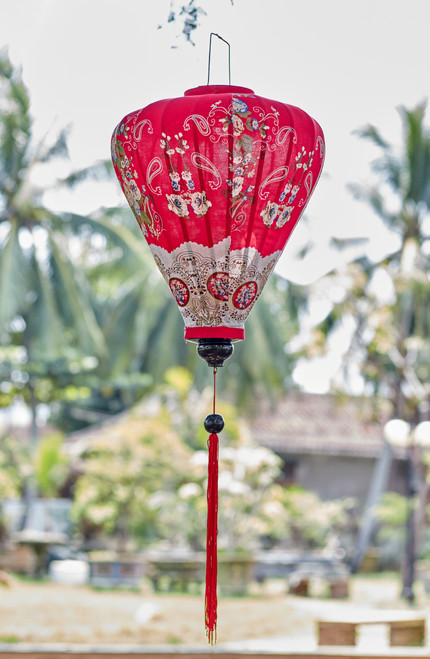 100% Handmade Red Decorative Paisley patterned Silk Lantern in Large Teardrop style, the symbol of Hoi An. Perfect Decoration for Indoor or Outdoor use.