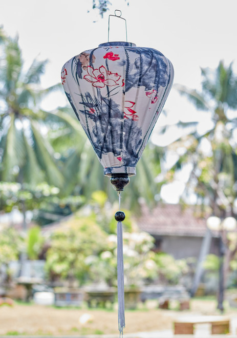 100% Handmade Blue, White and Red Japanese Floral patterned Silk Lantern in Large Teardrop style, the symbol of Hoi An. Perfect Decoration for Indoor or Outdoor use.