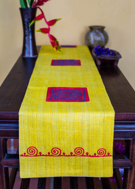 The all-natural hemp Honey Lemon bed and table runner is sure to brighten any bedroom or living room, or accent your favourite furniture, with its peaceful radiance and welcoming form.