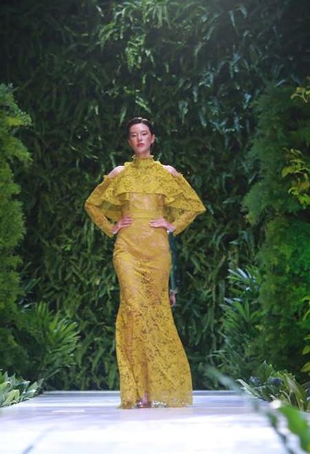 Ruffle Lace Evening Dress