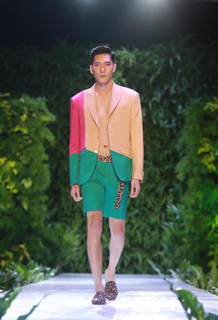 Colour Block Men Suit with Shorts