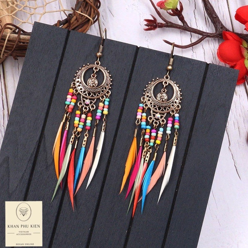Bohemian earrings -  Circle with colorful feathers