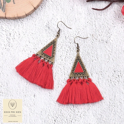 Bohemian earrings -  Triangle with red tassels