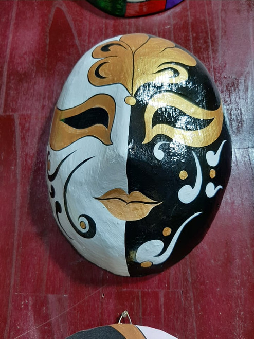Black and White Carnival Face Mask - House Decoration No.39
