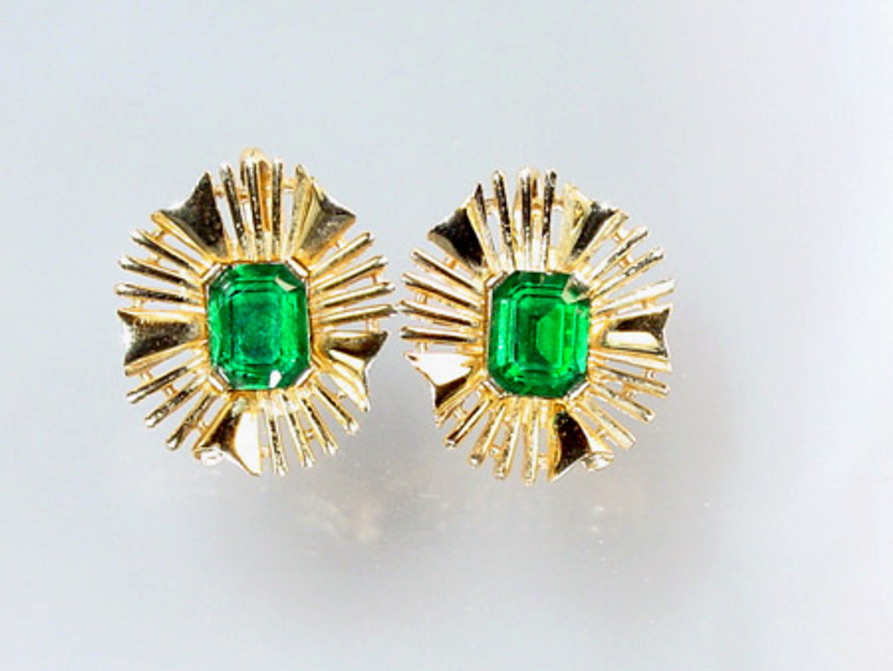 Trifari Emerald Rhinestone Clip Earrings