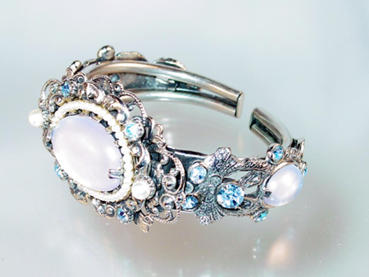 Selro Corp clamper bracelet in faux moonstone