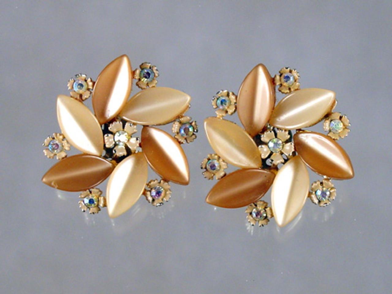 Lisner Thermoset Rhinestone Flower Earrings