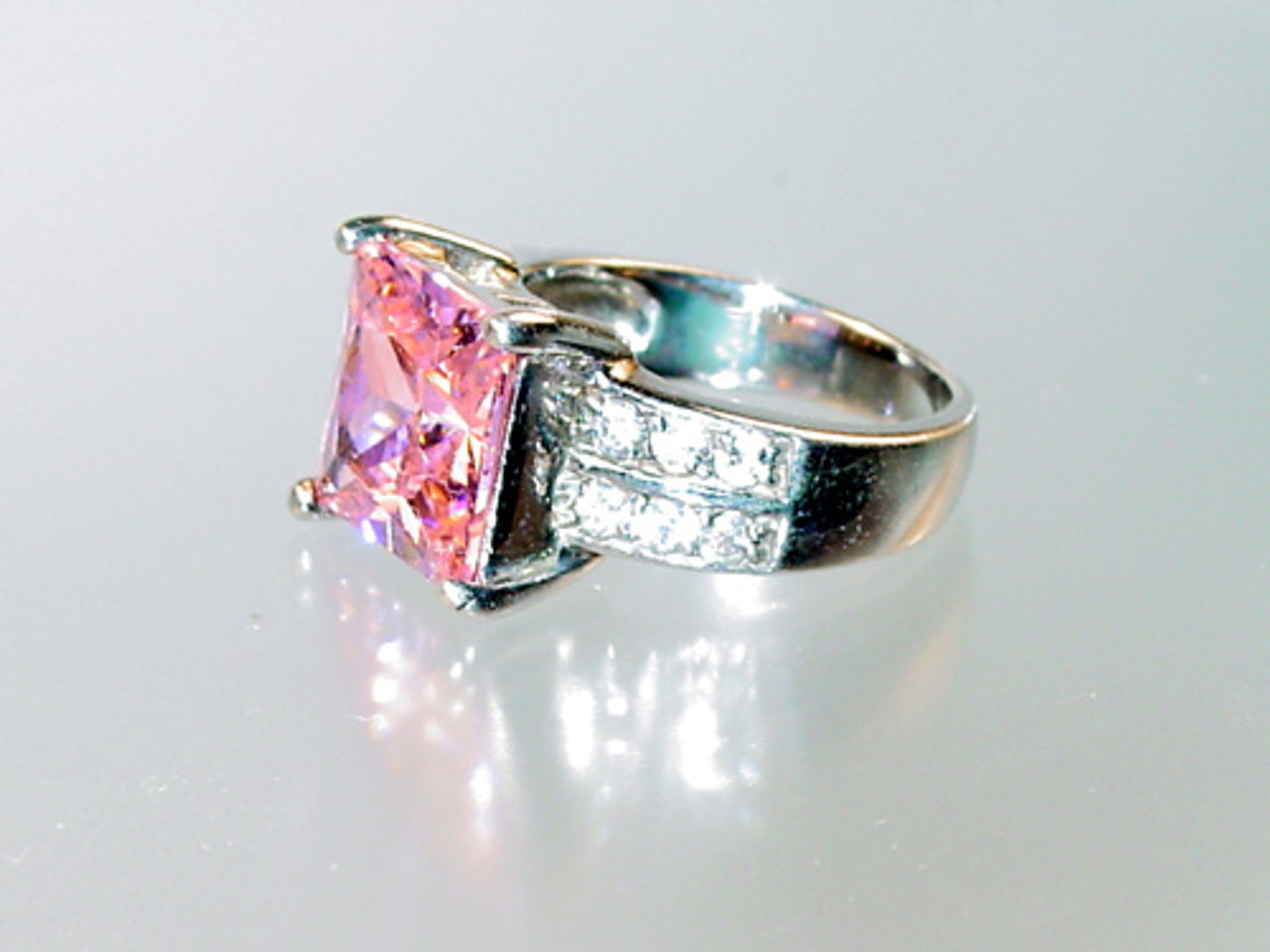 side view of pink tourmaline ring