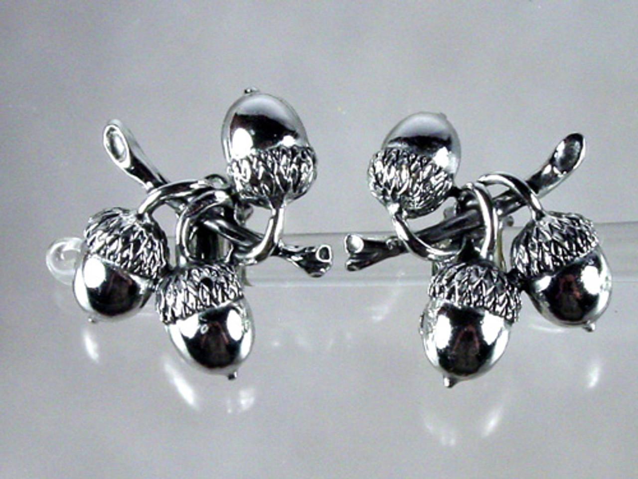 Acorn clips