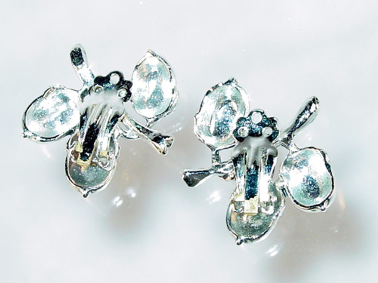back of acorn earrings