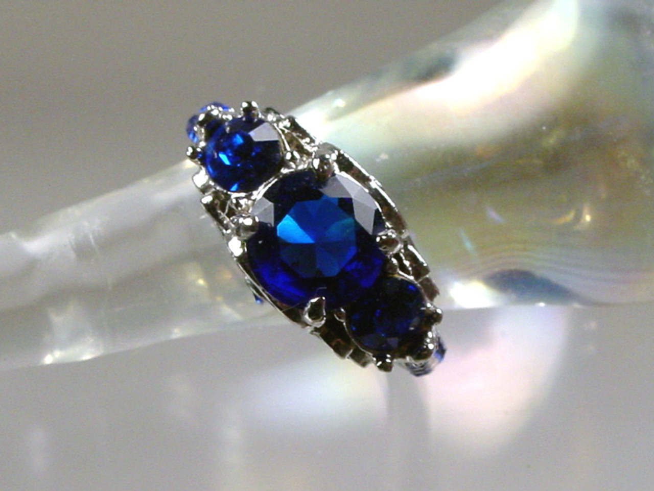 Royal blue rhinestones ring