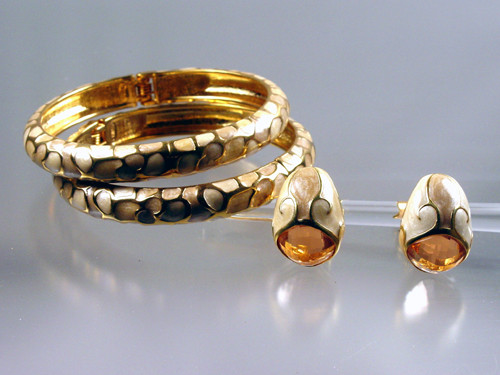 Hinged bangle and earrings set Joan Rivers