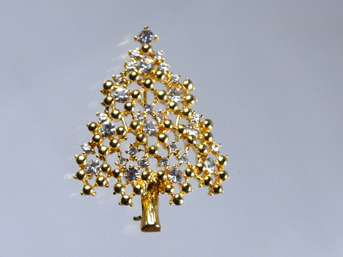 Eisenberg Christmas Tree Brooch with clear rhinestones