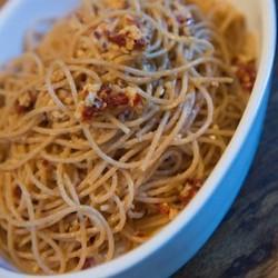 pic-spaghetti-aglio-e-olio-roasted-garlic-copy.jpeg