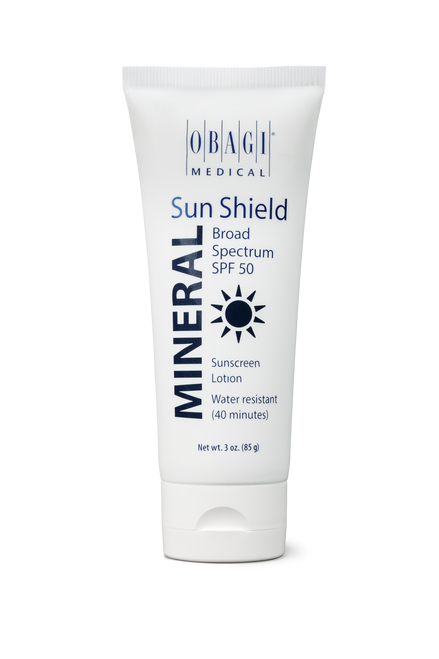 An elegant physical sunscreen that protects skin from UVA and UVB rays with a blend of zinc oxide and titanium dioxide.