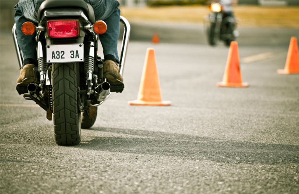 How to Do Defensive Driving when Riding a Motorcycle