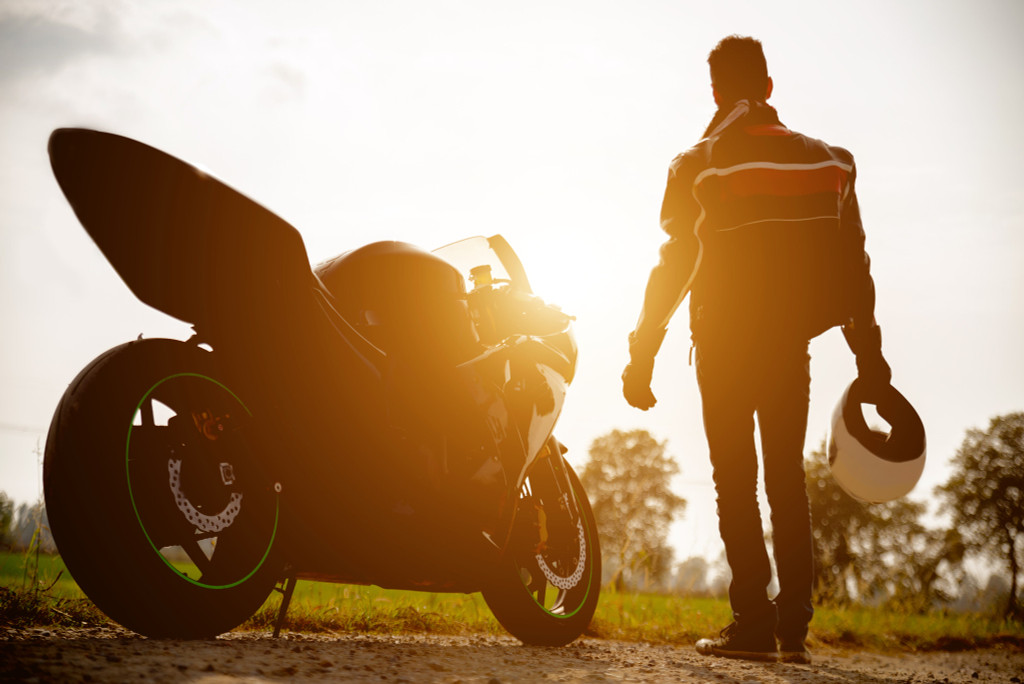 12 Tips to Keep Motorbike Riders Safe