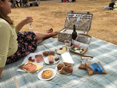 Picnic Hamper for Two - Cheese & Wine