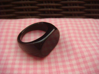 Acrylic Ring Finding (Black)
