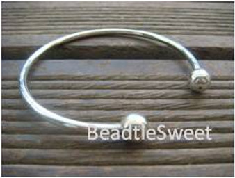 Bangle (Ends can unscrew)