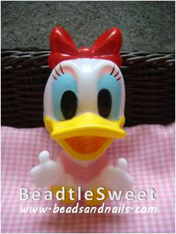 Daisy Duck Decoden: Super 3D plush toy decobase