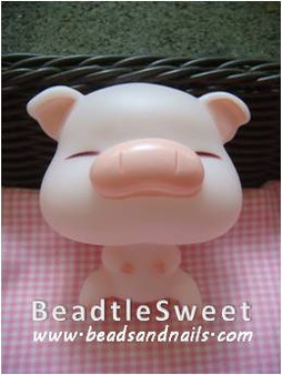 Pig Decoden: Super 3D plush toy decobase