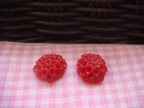 1cm Dark Red Chrysanthemum Cabochon