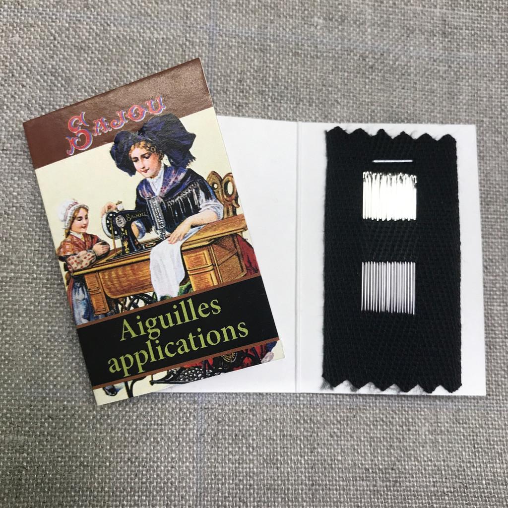 Needle Booklet - 20 Applique Needles