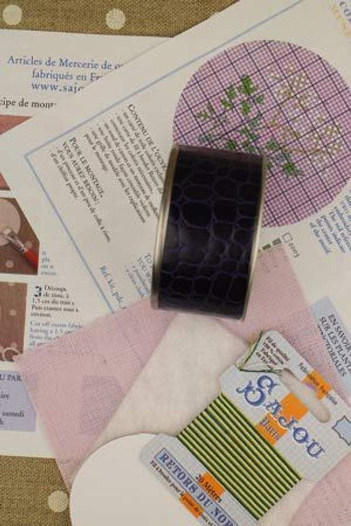 Sajou Cross Stitch Kit - Parsley - Box to Embroider