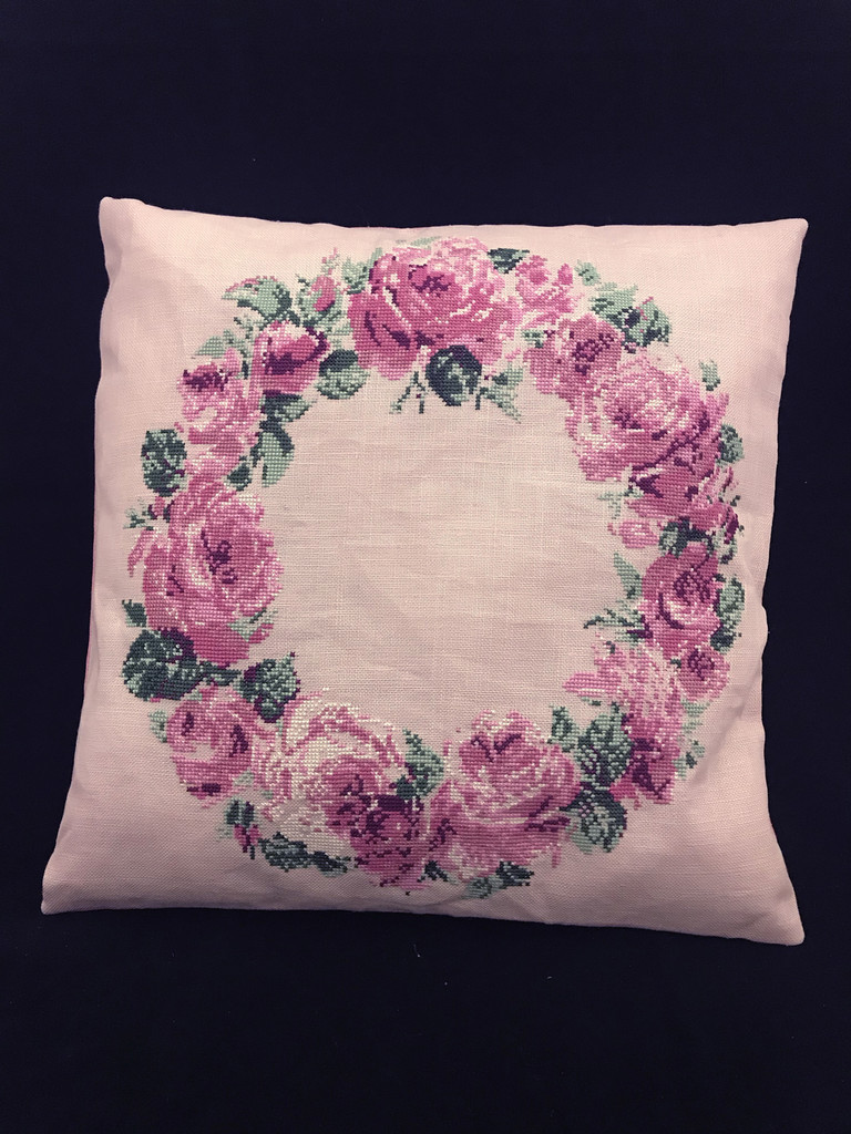 Cross-Stitch Kit Crown of Roses Cushion