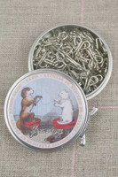 Metal Tins with 30 Spring Hooks