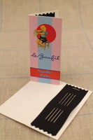 contains 4 #10 needles for beading