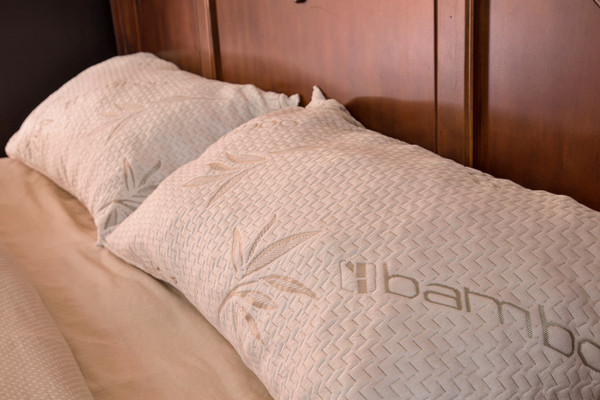 King size Bamboo Pillow for a great night sleep. Bamboo pillow reviews show that our pillow is one of the best. Our Bamboo pillow is priced so you can purchase two for every bed in your home.