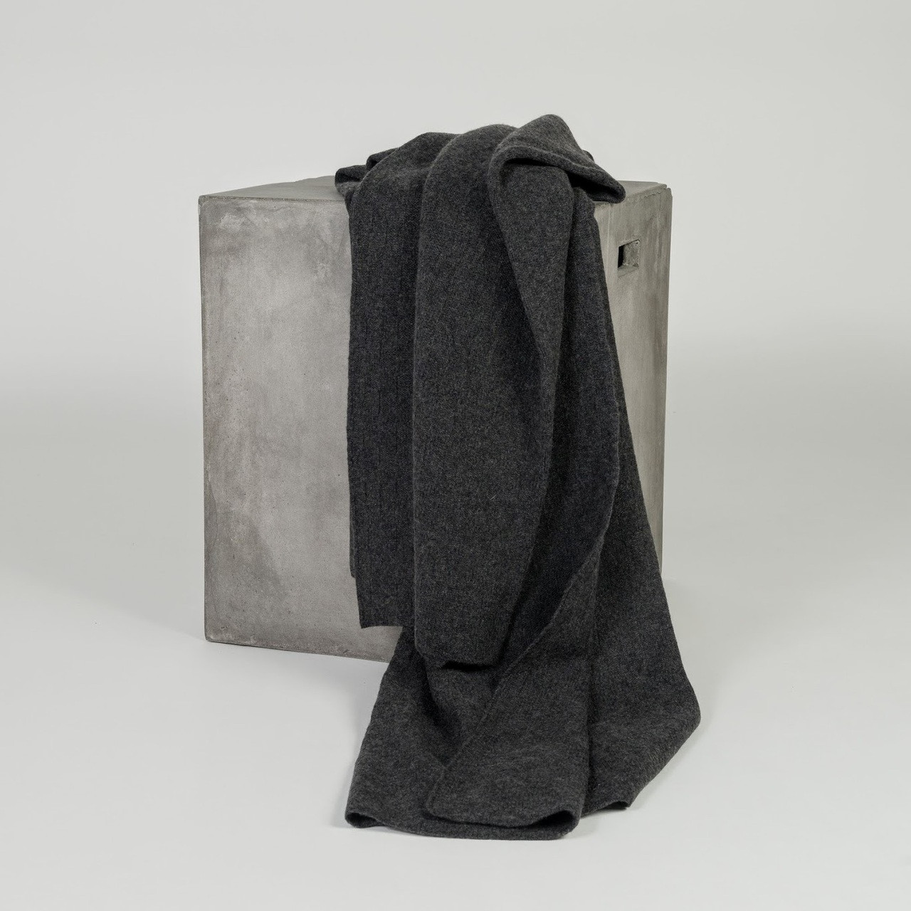 Organic Charcoal Diamond Lattice Knit Cashmere Throw