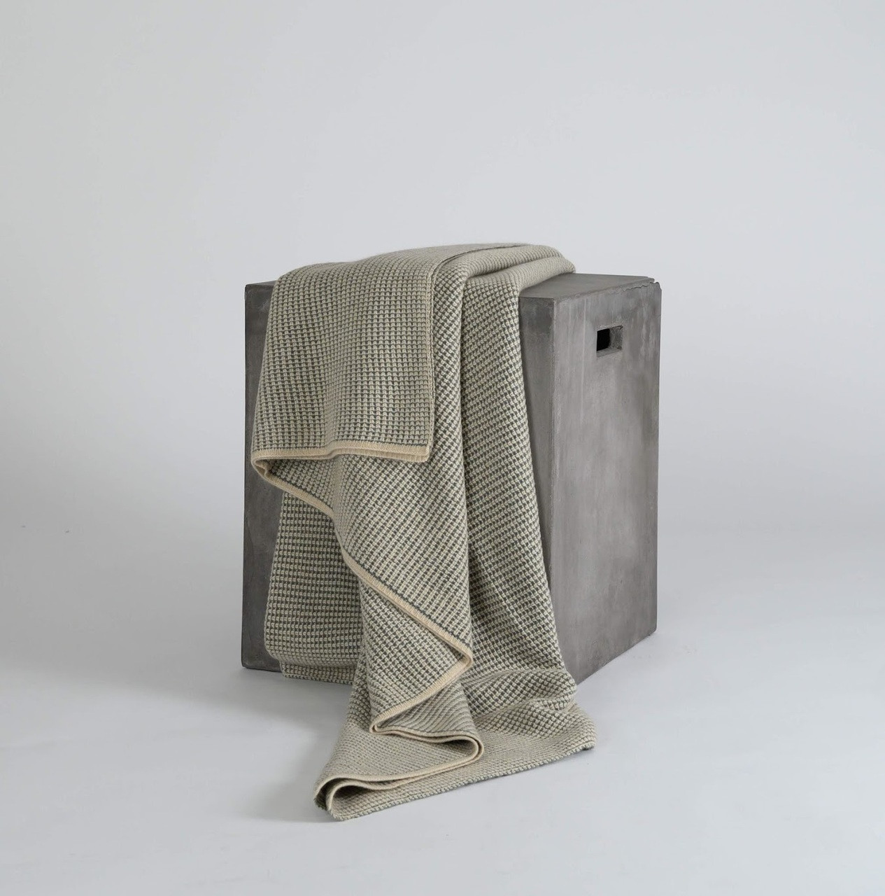 Moss Green Waffle Knit Cashmere Throw