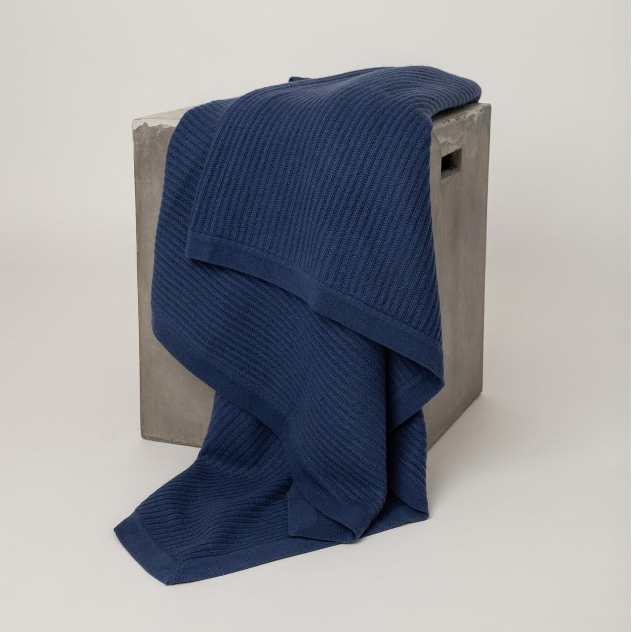 Cobalt Blue Fisherman's Knit Cashmere Throw