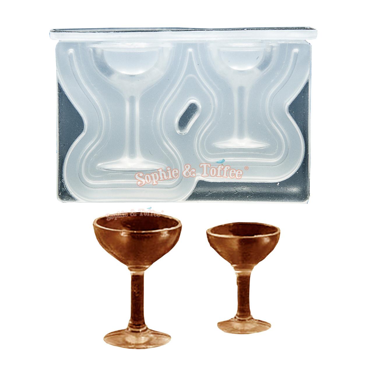 DOLL HOUSE  MINIATURE 4 PARFAIT GLASSES