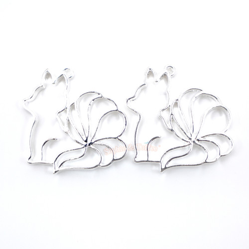 Nine Tails Fox Open Bezel UV Resin Silver Charm (4 pieces)