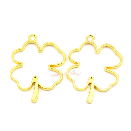 Clover Leaf Open Bezel Charm (4 pieces)
