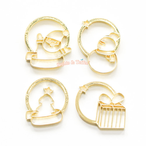 Christmas Theme Gold Bezel Charm (4 pieces)