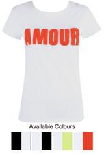'AMOUR' Slogan Tee