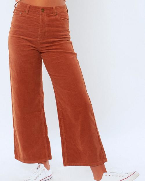 Sisstrevolution Poppy Woven Cord Pants Ladies in Henna